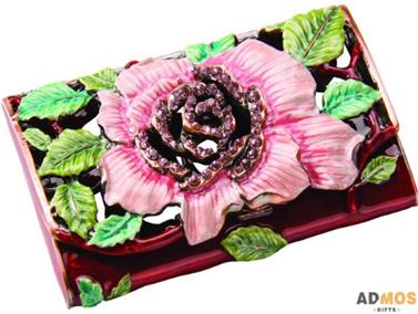 изитница с цветком