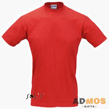 красная футболка Sol's.