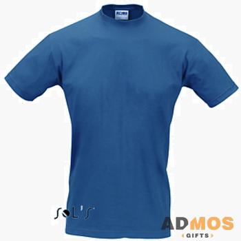 синяя футболка Sol's.